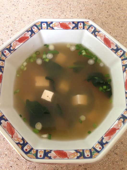 clear soup tofu serving bowl
